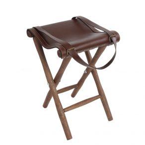 Silla de tijera con asiento en piel de bovino y patas torneadas en madera de haya